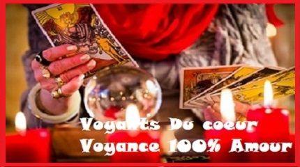 La cartomancie gratuite avec tirage tarot amour gratuit immédiat. Les cartes tarots pour lire dans l'avenir sentimental et trouver certaines réponses