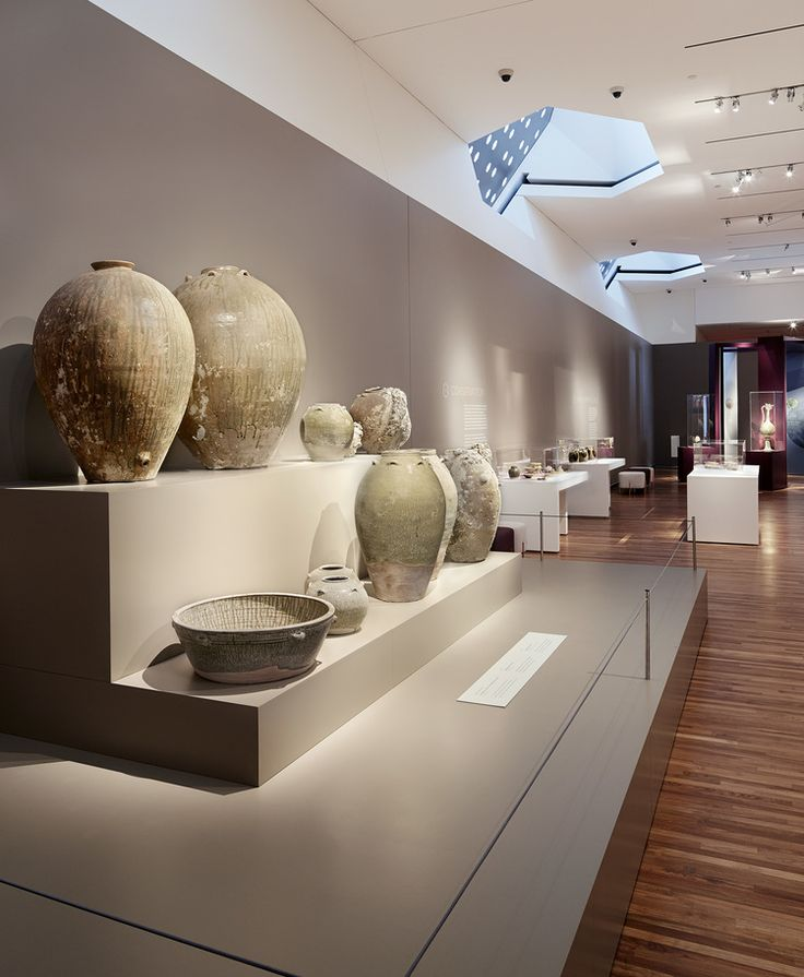Storage vessels display, Lost Dhow, Aga Khan Museum, Exhibit Design by: Origin Studios Inc.