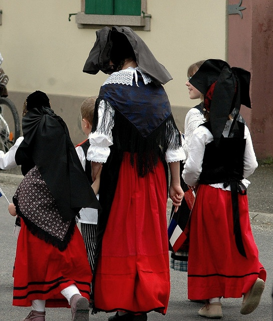 french village single catholic girls Click to read more about montaillou : cathars and catholics in a french cathars and catholics in a french village (oh, and a women had her tongue.