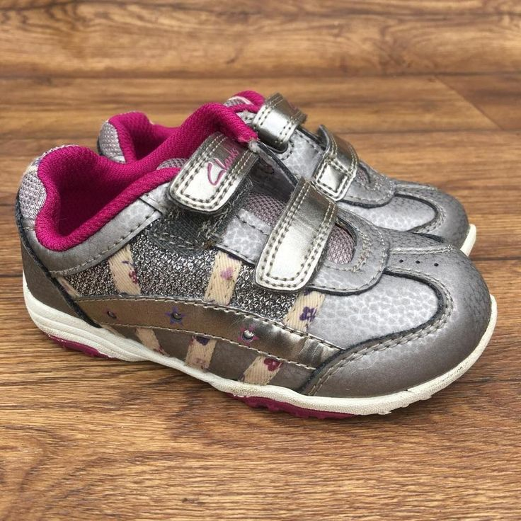 SIZE UK 5.5 CLARKS FIRST SHOES LIGHTS DAISY MAGIC STEPS SILVER TRAINERS SHOES