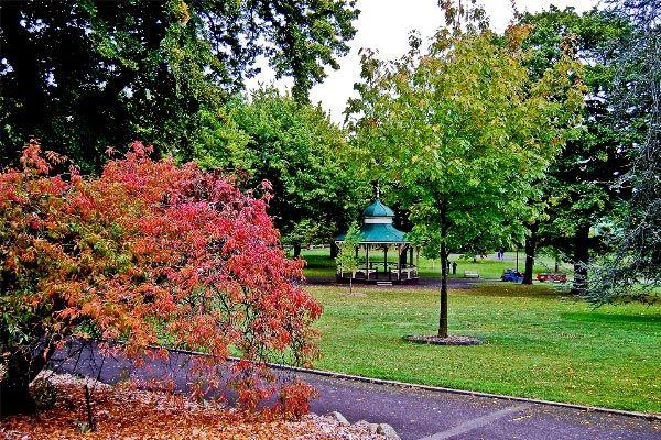 Launceston City Park. Article and photos by Carol Haberle for Think Tasmania.