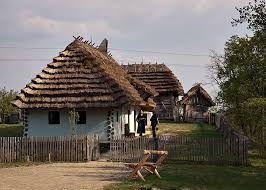 Την απόφαση να νοικιάσει το χωριό του πήρε ένας δήμαρχος ... στην Ουγγαρία , ενώ δήλωσε πρόθυμος να παραχωρήσει και το αξίωμά του σε όποι...