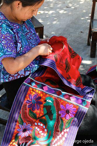 Artesana, Chiapas, Mexico Chiapas Textiles