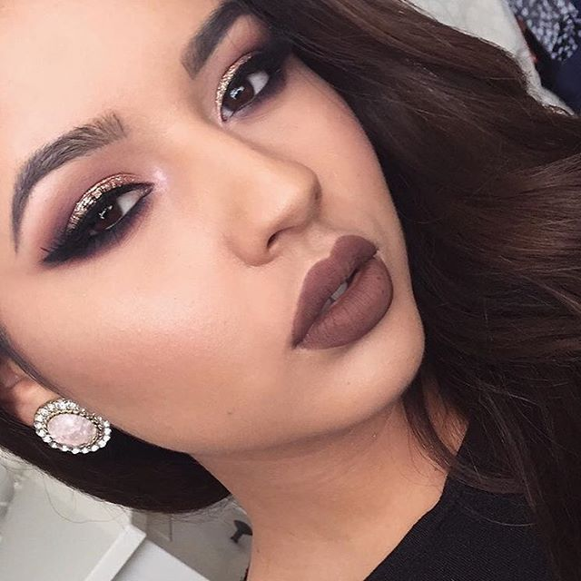 This glam is lit though  @chelsyescobedo used 3 NYX must-haves in this look: Our Face & Body Glitter in 'Bronze', Lip Lingerie in 'Beauty Mark', and our Strobe of Genius Illuminating Palette!  Pstt - keep up with all things #nyxfaceawards by clicking the link in our bio! || #nyxcosmetics