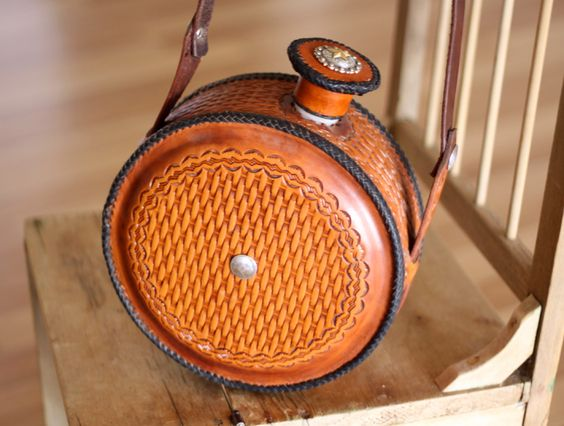 SHOP :: Clothing & Accessories :: Leather Covered Water Canteen - COUNTRY CULTURE