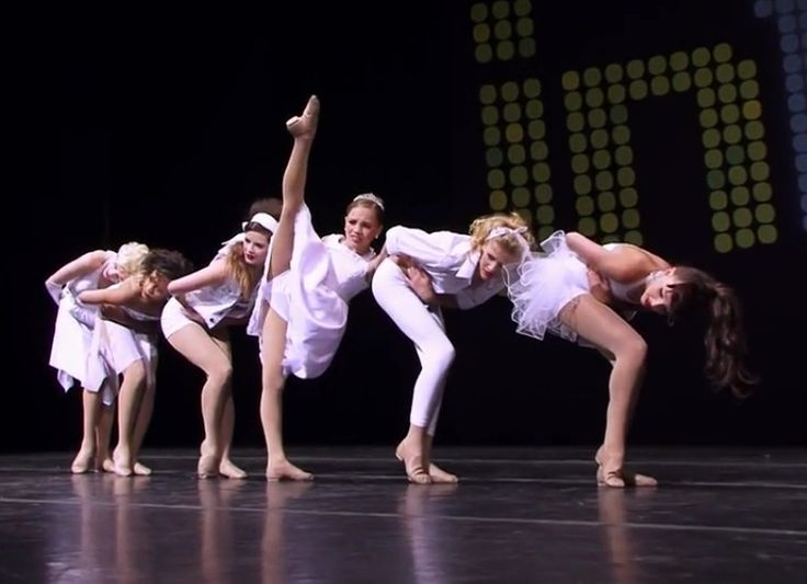 Dance moms trapped group dance dance moms nia paige maddie