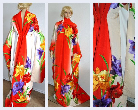 Fabulous Japanese Kimono Silk Robe Floral by EventOutlet on Etsy