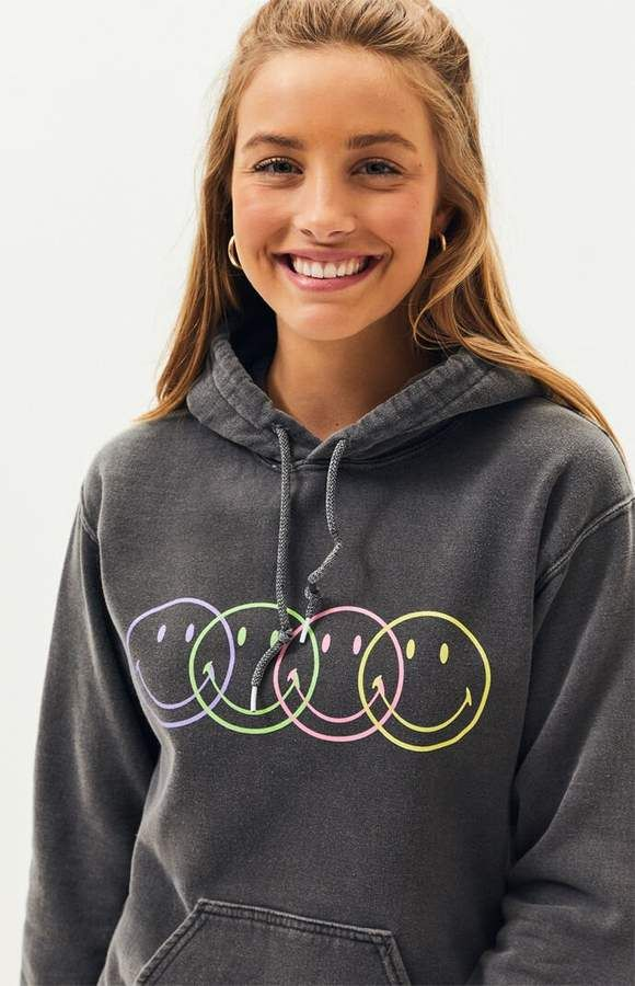 GUESS Desert Dreamer Smiley Repeat Hoodie | Hoodies, Tie dye