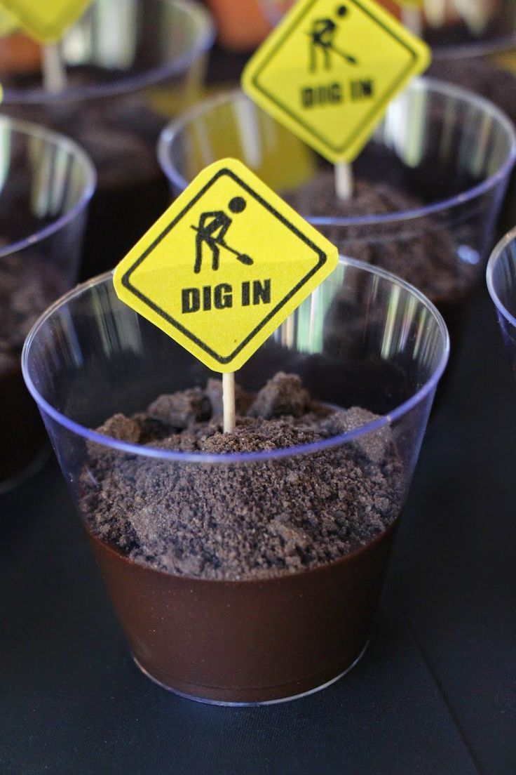 Construction Birthday Party, Dirt Cups, Dig In, Build Your Own Dirt Cup