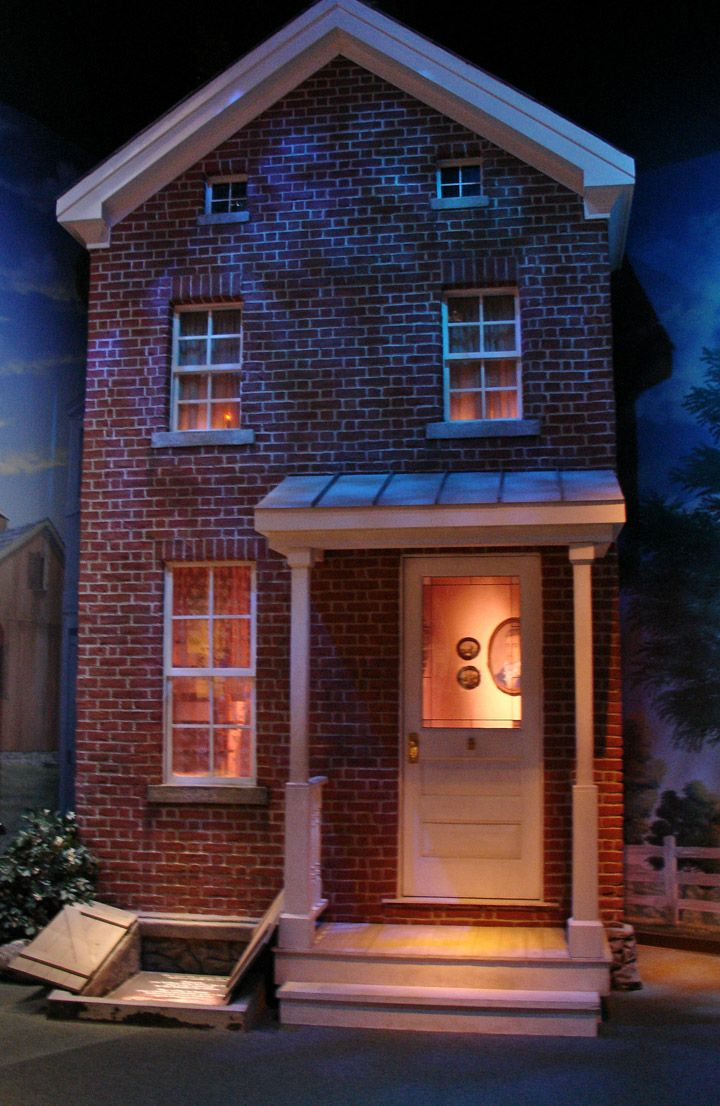 best images about u n d e r g r o u n d railroad candle in the window indicates a safe house on the underground railroad