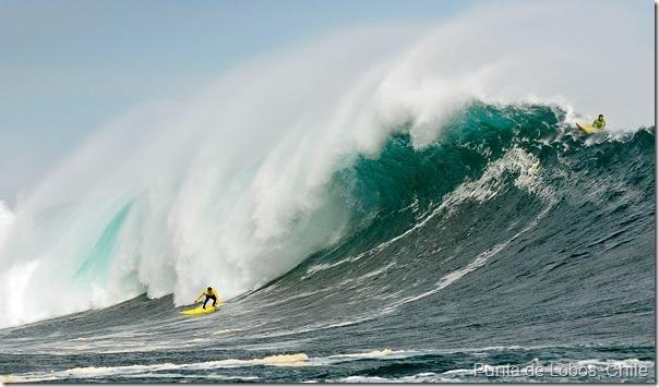 Punta  de Lobos Chile, una ola de 26 pies de altura