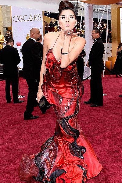 red carpet fashion fails march 2015 | 2015: Anna Kendrick and America Ferrera suffer fashion fail on the red ...