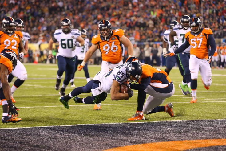 Doug Baldwin scores a touchdown in the fourth quarter. Super Bowl XLVIII. Chang W. Lee/The New York Times