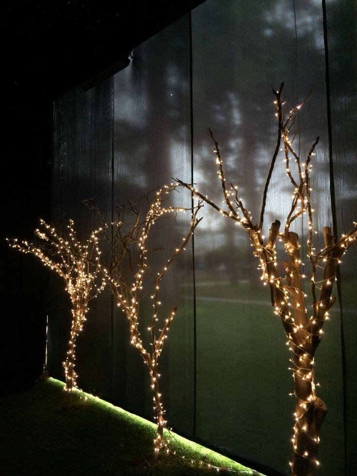 Arboles hechos de ramas secas para decoraci n navide a for Decoracion navidena