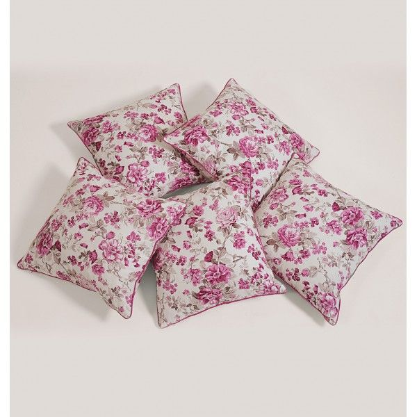 Pink Rose Cushion Cover- Pink roses are the one flower that has been consistently symbolized with ancient art and poetic romance.