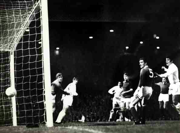 Man Utd 1 Estudiantes 1 (1-2 agg) in Oct 1968 at Old Trafford. Juan Ramon Veron scores for Estudiantes to make it 1-0 in the Intercontinental Cup, 2nd Leg.
