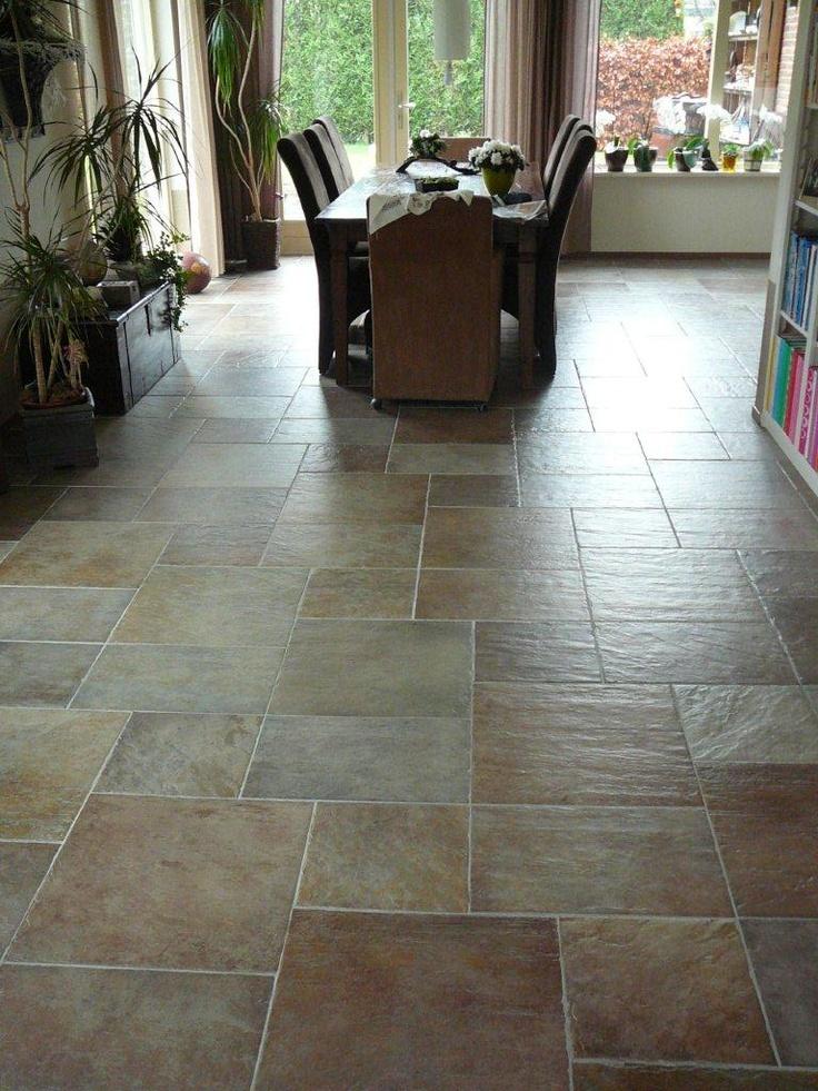 25 beste idee n over leisteen tegel vloeren op pinterest leisteen tegels in de badkamers - Imitatie cement tegels ...