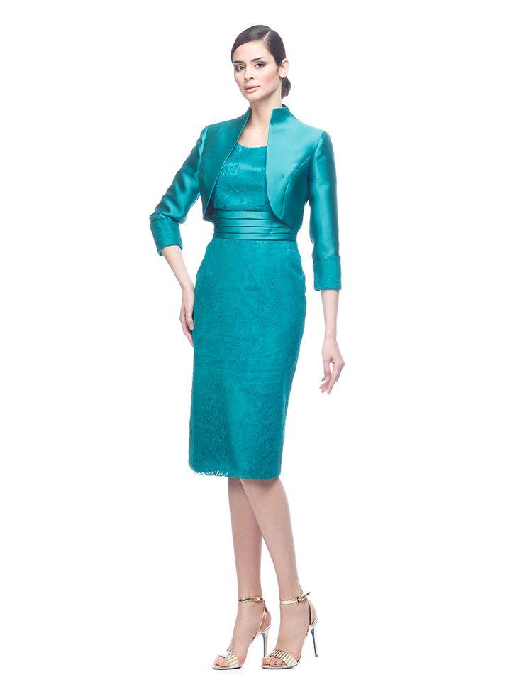 Abito da cerimonia Delsa, linea Ambra Cerimonia 2016 C9667 Mikado e pizzo chantilly Colori: Smeraldo - Blu - Royal Blu  #delsa #delsa2016 #ambracerimonia #mikado #pizzochantilly #smeraldo #blu #royalblu