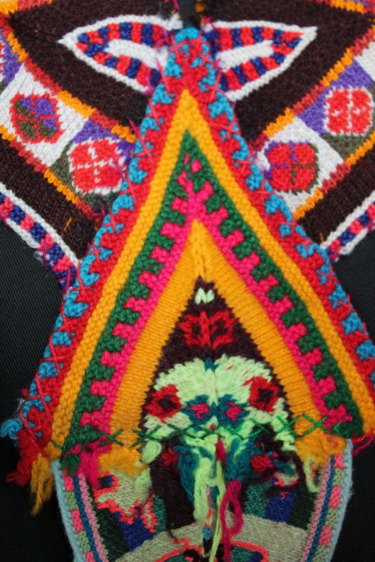 """Acercamiento blusa """"Altiplano"""" Intervención Textil!"""