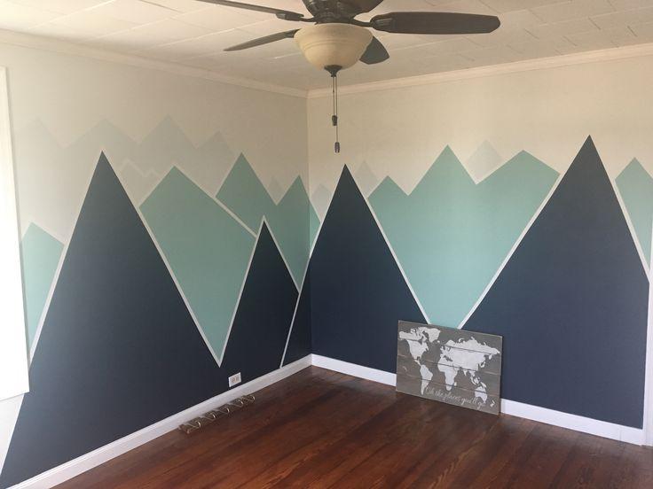 """""""Votre montagne attend …"""" Mural de la marine, de la menthe et du gris   – Nützliches Baby"""