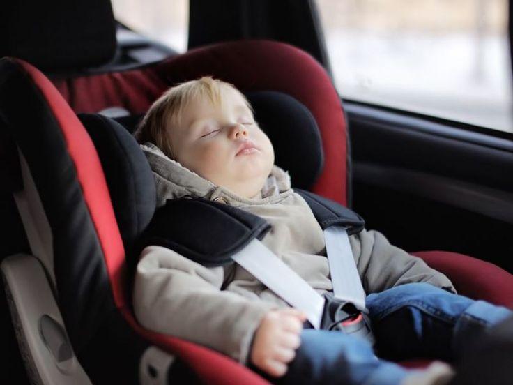 Trasporto bambini - Nuove regole in materia di seggiolini auto. Multe fino 323 euro
