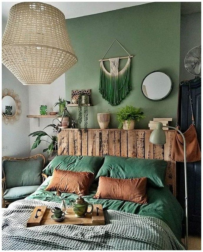 25 Green Bedroom Ideas That Bring The Atmosphere Like Outdoors In Your Room Page 20 Bohemian Bedroom Decor Home Decor Bedroom Upcycled Home Decor
