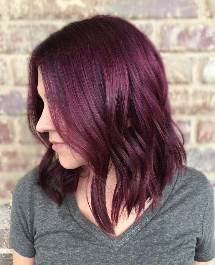 Cabelo vermelho escuro: 50 ideias dessa cor quente para te inspirar | Cores de cabelo | Burgundy hair, Red violet hair, Red hair color