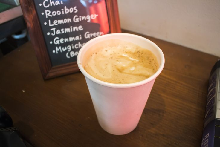 Nosh and Nibble - The Tiny Coffee Bar - Latte Review - Vancouver #foodie #foodporn