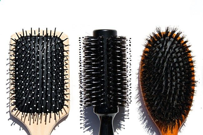 Hair Brushes 101: A Guide To Your Perfect Hair Brush(es) so that you can find and use the best hair brush for curly hair.