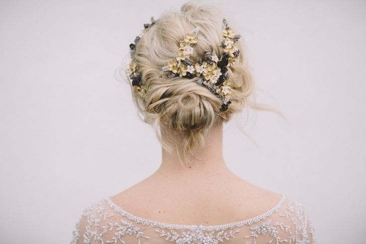 Amazing bridal hair made by Linda Jönsson