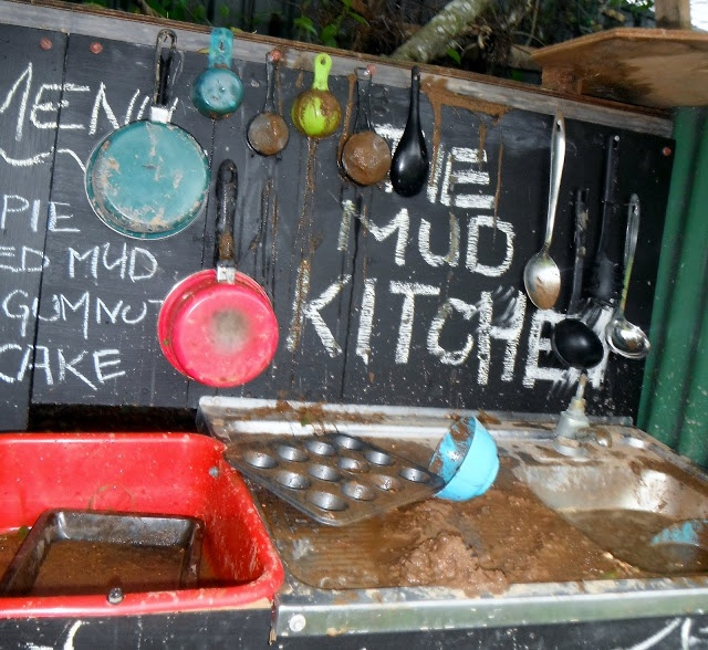 The Mud Kitchen - A Recipe for marvellous Outdoor play (In a little tucked away corner of the yard)