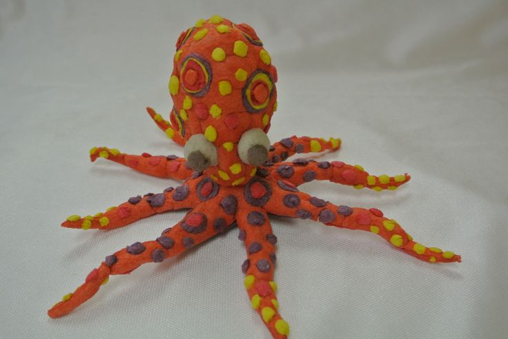 Use Magic Nuudles to create an Octopus! http://www.magicnuudles.com