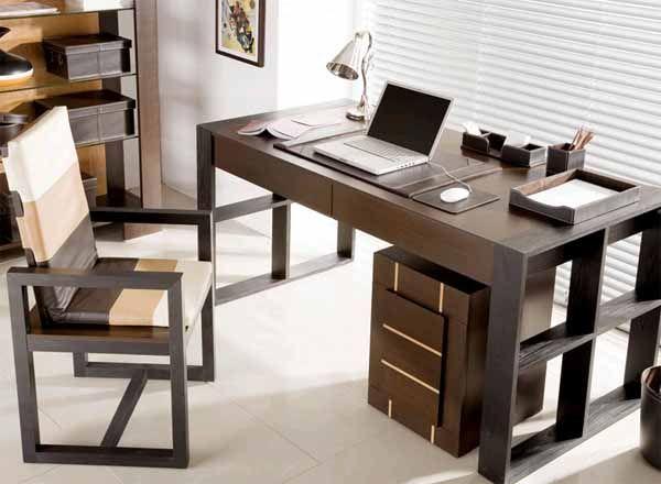 Оборудуем рабочее место: как выбрать письменный стол