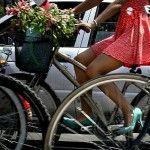 """Con el propósito de conmemorar el día internacional de la mujer, este sábado 9 de marzo se llevara a cabo un paseo ciclista denominado RODADA DE ALTURA 2013 un recorrido en bicicleta de aproximadamente 10 kilómetros.""""Tacones, el motor de mi bici"""" es el lema con el que se invita a mujeres deChile, Colombia, El Salvador, …"""