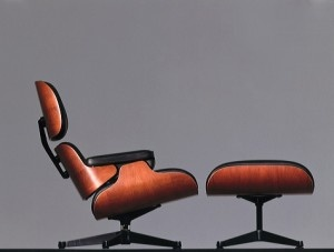 Charles Eames Lounge Chair - I have one of these in my Boston apartment - a 'treat' from when I was awarded my Ph.D...