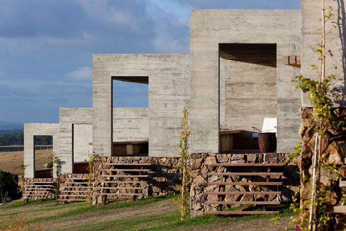 Las Piedras Fasano, in Isay Weinfeld in Uruguay fonte: yatzer.com