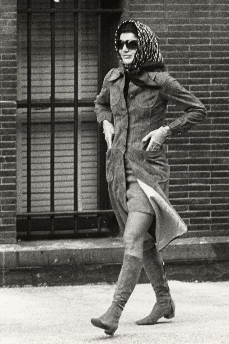 Jackie Kennedy:  Outside Collegiate School in New York City, January 22, 1971.