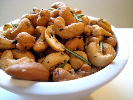 Lottie + Doof » Nuts! (Rosemary Cashews)