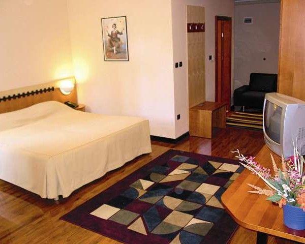 #Vacanta de #Paste 2017 la Dubrovnik - Perla Adriaticii - Hotel Grand Park 4* – 5 nopti #Ofertă cu locuri limitate! Pentru disponibilităţi şi preţuri detaliate, vă rugăm contactaţi agenţia. http://bit.ly/2mZ7cNX