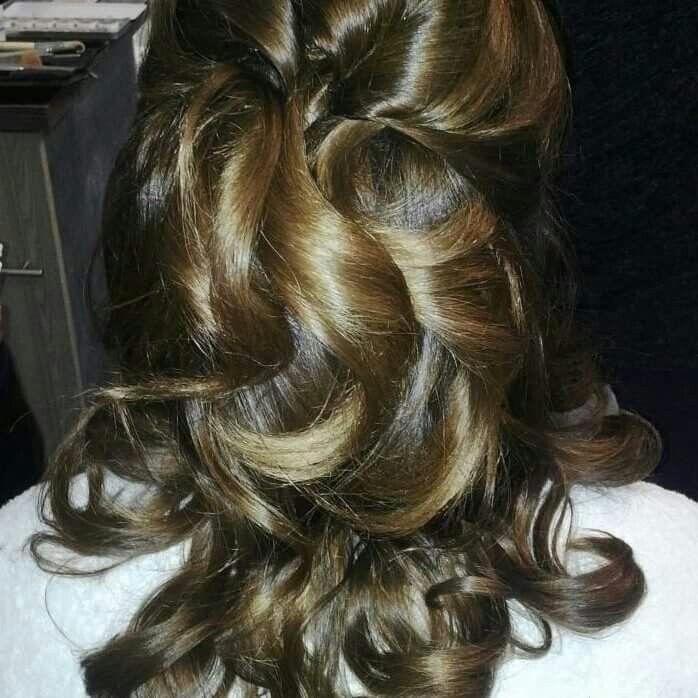 Neo hair mossel bay.  Beautiful curls.