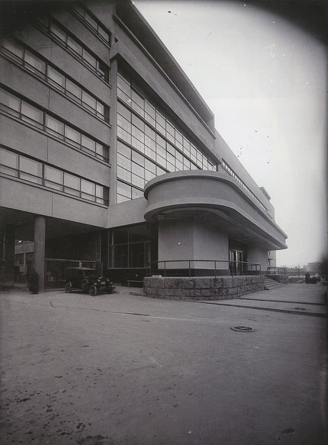 Panteleimon Golosov, 1932 | Period photographs of Soviet avant-garde built exteriors, 1926-1934: wp.me/pgGDG-1v0
