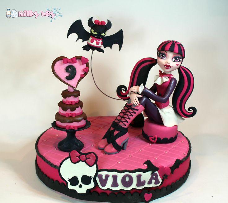 Draculaura, cake topper, fondant figure, monster high, compleanno, pasta di zucchero, bambina, birthday, girl