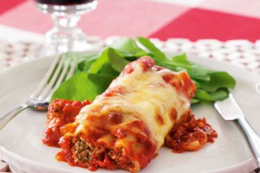 Chicken and basil cannelloni