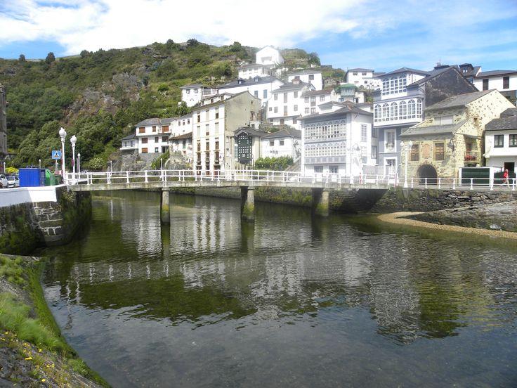 Luarca puente del beso, Asturias.