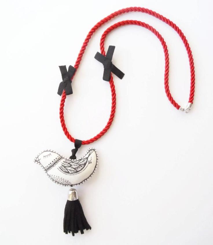 Textile necklace by MIMM-textildesign.