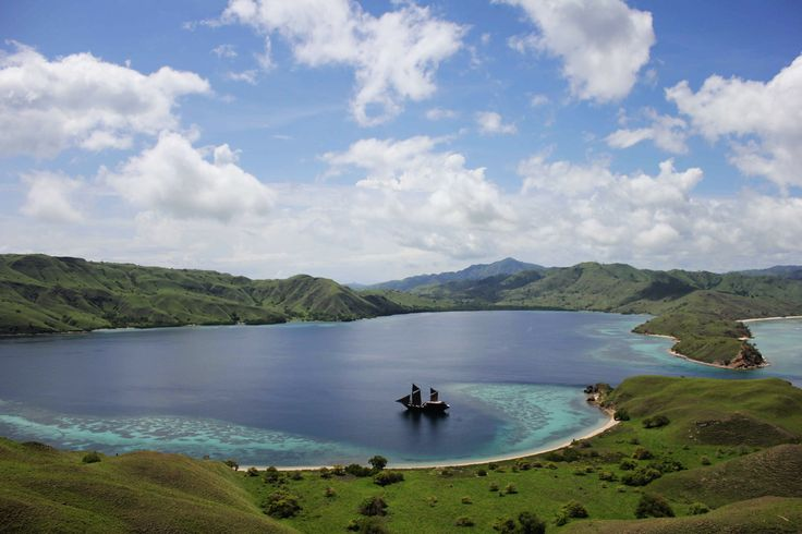 A luxury private phinisi available for charter in Komodo National Park.