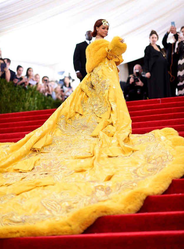 19 Flawless Photos Of Rihanna At The Met Ball