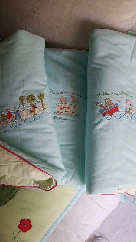les 25 meilleures id es de la cat gorie tour de lit sur pinterest pare chocs pour b b. Black Bedroom Furniture Sets. Home Design Ideas