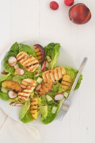 Healthy salad with halloumi #healthy #food