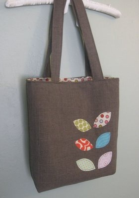 I love this brown with the bright colored leaves.  tote bag tutorial